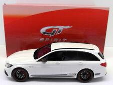 Voitures, camions et fourgons miniatures blancs GTspirit pour Mercedes
