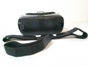 Samsung Gear VR 2 Oculus Virtual Reality Headset SM-R323 USB TYPE 2.0 ONLY