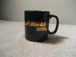 Vintage Norfolk Southern Railroad Train Blue Ceramic Coffee Cup Mug Rare England