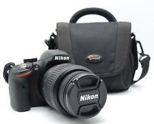 Nikon D3200 mit Objektiv Nikon DX AF-S Nikkor 18-55mm 1:3.5-5.6G VR