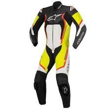Tute in pelle e altri tessuti pelle bovini ventilati marca Alpinestars per motociclista