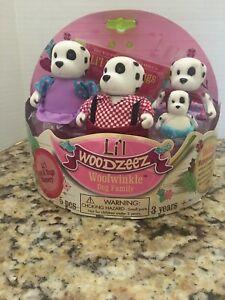 Li'l Woodzeez Woofwinkle Dog Family Set with Luvs & Hugs Storybook NEW