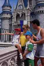 783030 famiglia a Castle WALT DISNEY WORLD FLORIDA USA A4 FOTO STAMPA