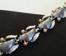 Lucite Bracelet Mid Century Coro Vintage Faux Pearl