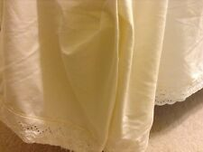 "KING IVORY DUST RUFFLE BED SKIRT MARTEX 13"" Drop Lace Trim Cotton Blend"
