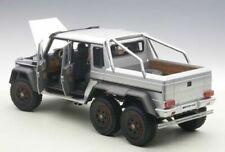 Modellini statici di auto, furgoni e camion AUTOart Scala 1:18 per Mercedes