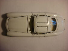 Used  Mercedes-Benz 300SL Gull Wing Model Car in 1/35 Scale