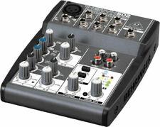 DJ mixer da DJ Behringer