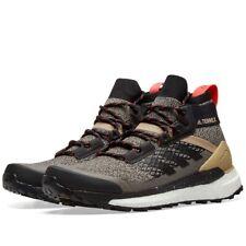 NEW IN BOX Adidas Consortium Terrex Free Hiker Walking boots Size UK 7.5 US 8
