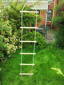 NEW WOODEN ROPE LADDER SWING 6 RUNGS NATURAL WOOD