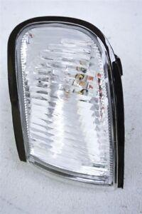 1999 99 Nissan Maxima FRONT DRIVER SIDE MARKER LIGHT 26175-0L725