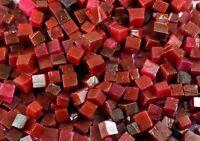 Roter Rubin Edelstein Raues Los Afrikanische 70 Karat Natürliche Würfelform