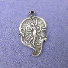Médaille Art Nouveau plaqué argent 1911 pendentif antique pendant