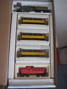 HO P.R.R. RAILROAD TRAIN SET 4-4-0 OLD TIME LOCO PENNSYLVANIA   # RRP-320 PENNSY
