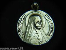 Jolie ancienne médaille, Sainte Bernadette