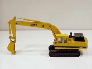 Caterpillar E300 Excavator - 1/48 - Shinsei #606 - N.Mint - No Box