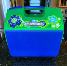 Igloo Playmate Elite 16 Qt. Personal Sized Cooler, Green/Blue Flowers 041213