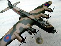 Short Stirling Bomber UK RAF  Altaya Fertigmodell Diecast Aircraft  YAKAiR 1:144