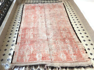 """Vintage  Handmade Rug 4'8""""x8'5"""" Peachy Coral Morocco Berber Wool Carpet"""