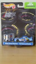 Hot Wheels Pit Crew Cartoon Network Melling Racing #9 Ford Taurus and Tool Box