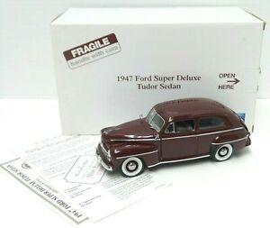 The Danbury Mint 1947 Ford Super Deluxe Tudor Sedan 1:24 Die Cast w Title - A733
