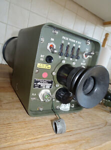 FERRANTI SCOPE INFARED DUAL WAVELENGTH COLLIMATOR WITH HAND GRIP EX-MILITARY