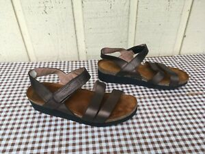 Naot Kayla Women's leather Wedge sandals size EU 39, US 8.Metallic Brown