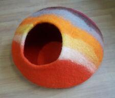 Large Felt Cat Cave / Cat Bed / Pet Bed / Puppy Bed / Cat House. 100 % Wool