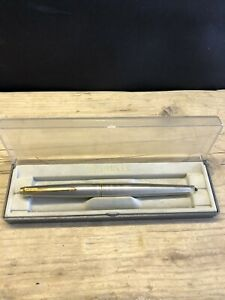 Parker 45 Stainless Steel Gold Trim Fountain Pen