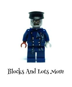 Lego Monster Fighters - Zombie Driver Figure From 30200 40076 9464 9465 Sets