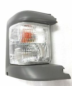 NEW CORNER INDICATOR LIGHT LAMP for MAZDA E SERIES VAN E2000 1999-2006 RIGHT RHS