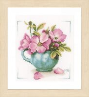 Wild Roses  (Evenweave) :  Lanarte Counted Cross Stitch Kit - PN0164070