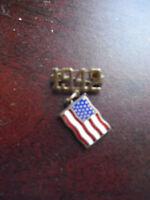 Vintage 1940s Metal 1942 United States Flag Pinback