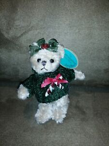 Bearington- Patti Peppermint Miniature Christmas Plush Bear 5 Inches and Retired