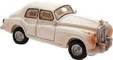 Salvadanaio Automobile Funny BIANCA cm 22 in Resina