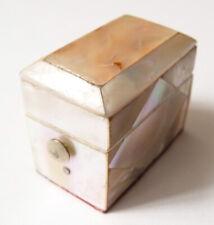écrin boite pour dé à coudre en nacre vers 1920 mother of pearl thimble box