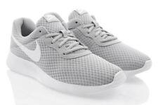 Baskets Nike Air grises pour homme, pointure 42,5