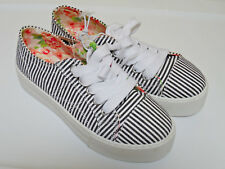 NWT Aeropostale Canvas Black White Striped Sneakers Skaters Flats Sz 6