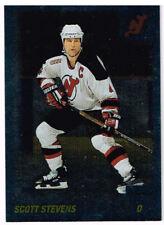 00-01 O-Pee-Chee FOIL PARALLEL xx/100 Made! Scott STEVENS #28 - Devils