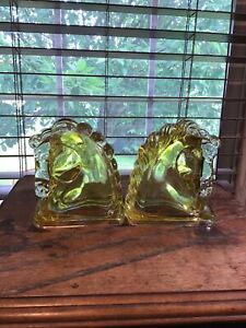 Pair Of Yellow Flash Vintage Federal Glass Horse Head Bookends