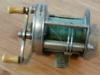 Vintage South Bend Oreno 1000A Fishing Reel