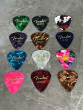 Fender Pearloid Plektrum Picks Mix 12er Set