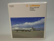 Herpa Wings Airbus A330-300 Lufthansa CUXHAVEN - 514965-003 - 1:500