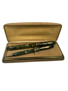 Vintage Moore Green Boxed  Fountain Pen and Pencil Set