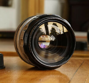 Nikon Nikkor-O 35mm f/2.0 Lens Nikon F w/Caps & Case