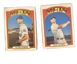 2021 Topps Heritage New York Mets Lot   33 Cards  Base & Inserts