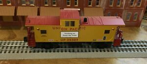 Lionel 6-29728 Union Pacific Extended Vision Caboose #169