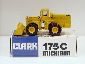 Clark Michigan 175C  Loader - 1/50 - Conrad #2885 - N.MIB