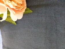 bleu foncé 1,40x,53 fin lainage pour petits vétements vintage ,veste,pantalon ..