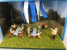 Chelle´s Miniature Scenes - Oktoberfest